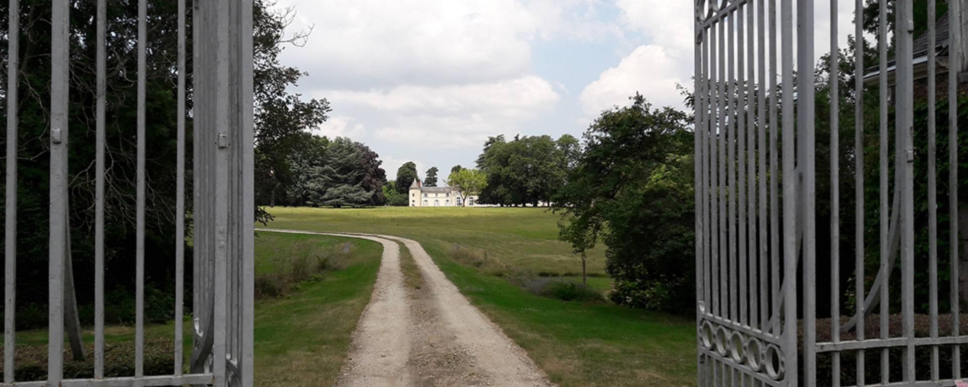 A las puertas de un castillo privado en la Petite Beauce