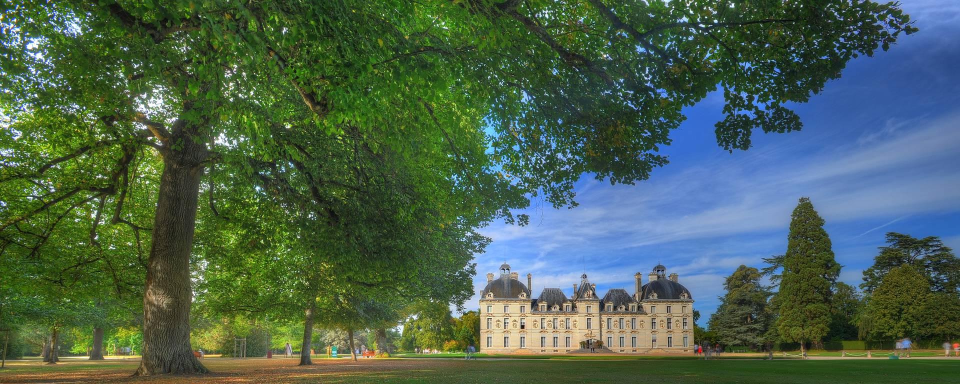 El Castillo de Cheverny visto desde el parque