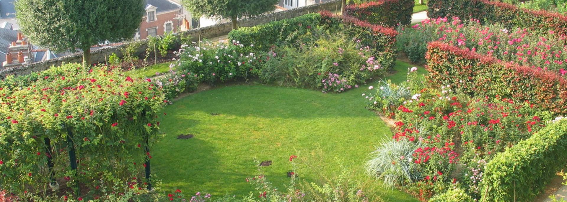 Jardines del obispado en Blois