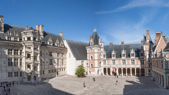 Patio del Castillo Real de Blois