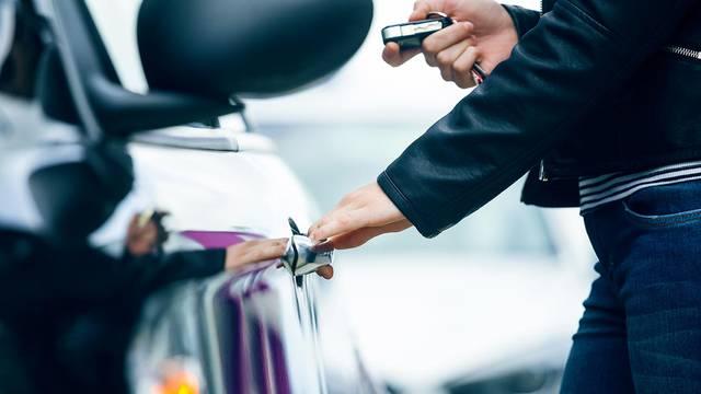 Alquilar un coche en Blois-Chambord