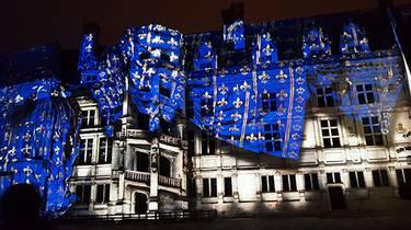 Espectáculo de luz y sonido en el Castillo Real de Blois.