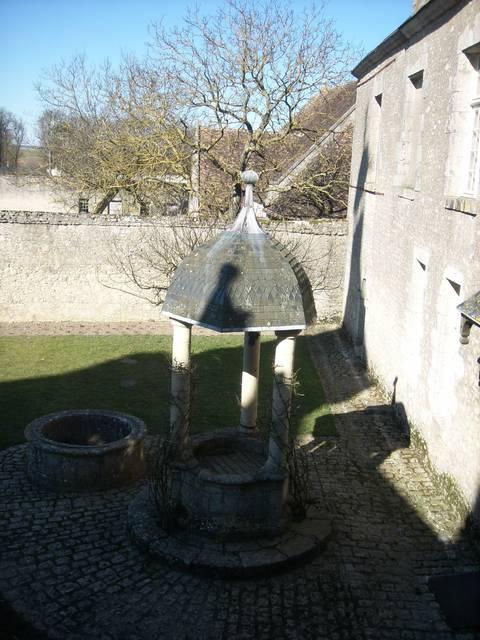 Patio principal del Castillo de Talcy, en el que se conocieron Pierre y Casandra. © OTBC