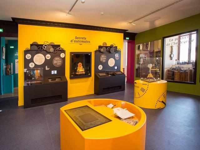 Exposición: «Magia y ciencias divertidas», Del Renacimiento a la actualidad. Casa de la Magia Robert-Houdin.
