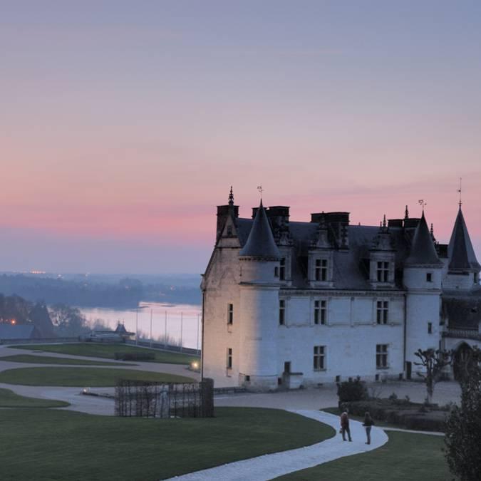 Castillo de Amboise en el crepúsculo